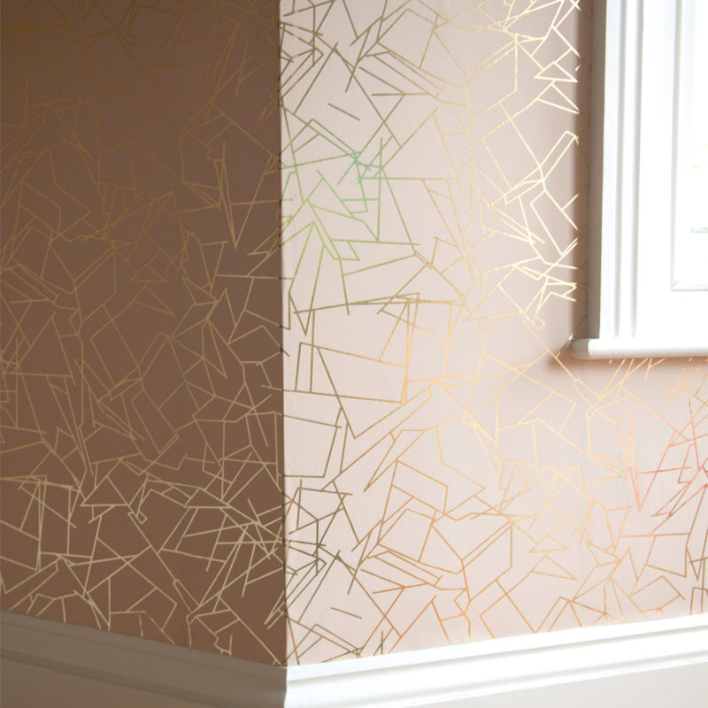 Angles gold / nude pink wallpaper