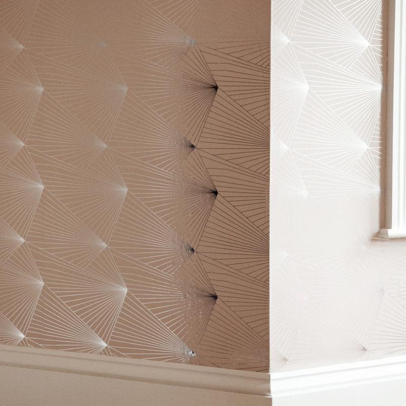 Fan silver nude pink wallpaper