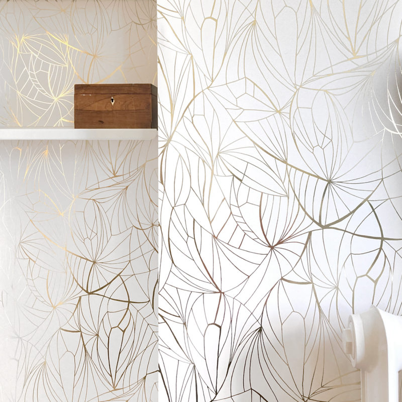 Leaf gold white wallpaper installation